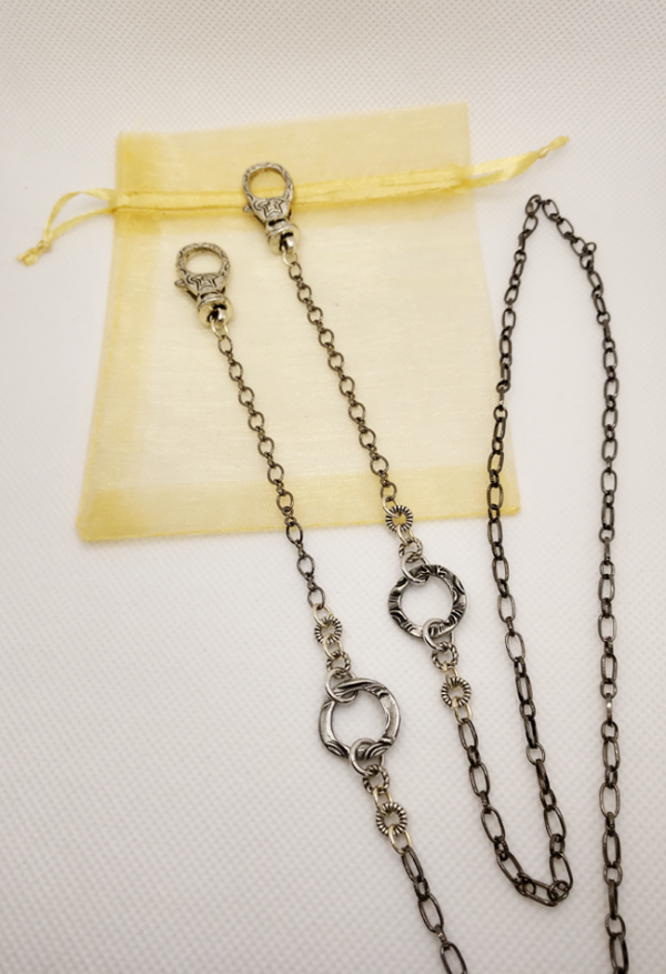 Mask Chain A - product shot
