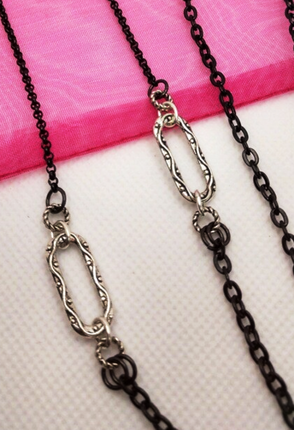 Mask Chain - Product - R- view 2